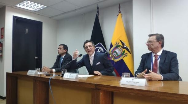 CONTRALORÍA INICIA PROCESO DE CONTROL AL USO DE RECURSOS PÚBLICOS DE LA PREFECTURA DE PICHINCHA EN EL PARO
