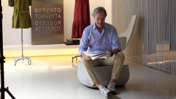 """Roberto Torretta, el diseñador que viste a la reina Letizia: """"Los 80 fueron los años más feos de la moda"""""""