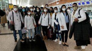 Guayaquil envió a Quito 21 médicos, medicina y pruebas rápidas para la atención de covid-19