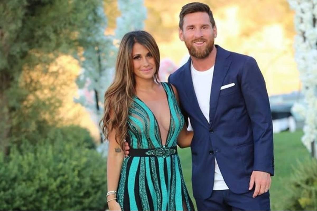 La esposa de Leo Messi celebró su tercer aniversario de bodas